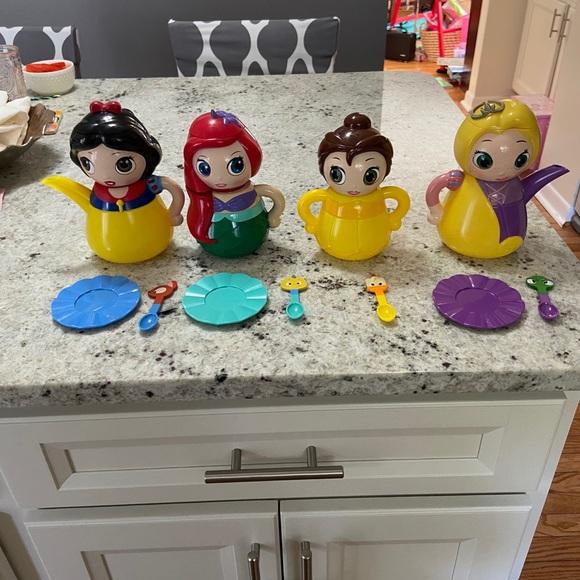 Disney Store Q-Tea Set